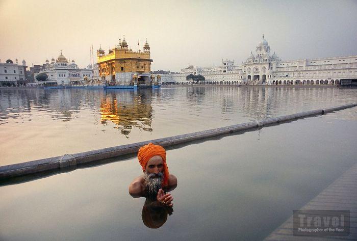 66 Amazing Photos That Won The 2018 Travel Photographer Of The Year Awards travel photo winners tpoty awards 2018 5c20929b4fa1b  700