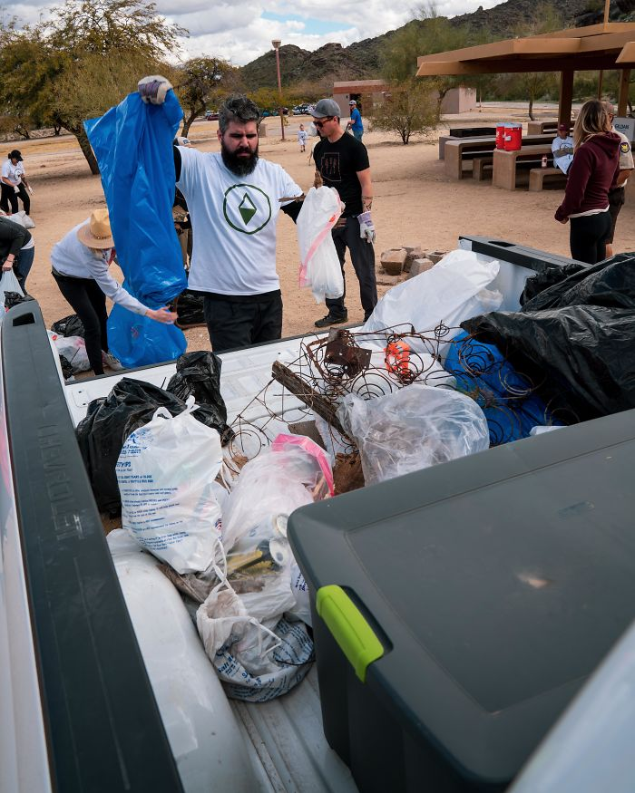 Me And A Crew Of 500 People Picking Up Trash At South Mountain Regional Park! Around 8,000 Lbs Of Trash Removed In 2 Hours! #trashtag #keepnaturewild