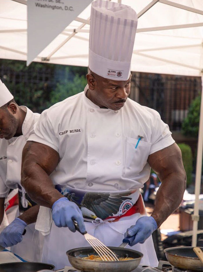 People Notice That This White House Chef Is Something Way Out Of The Ordinary, Even Start A Photoshop Battle 2