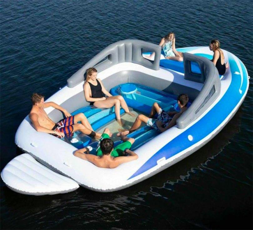 inflatable speedboat life size amazon 5d0354d3e44af  700 - Lancha inflável faz você se sentir um milionário