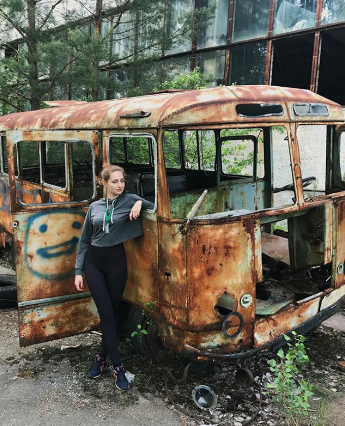 """instagram influencers ghost town chernobyl pripyat 5d00fef41ef28  700 - Criador de """"Chernobyl"""" da HBO dá puxão de orelha em """"famosinhos"""" do Instagram"""