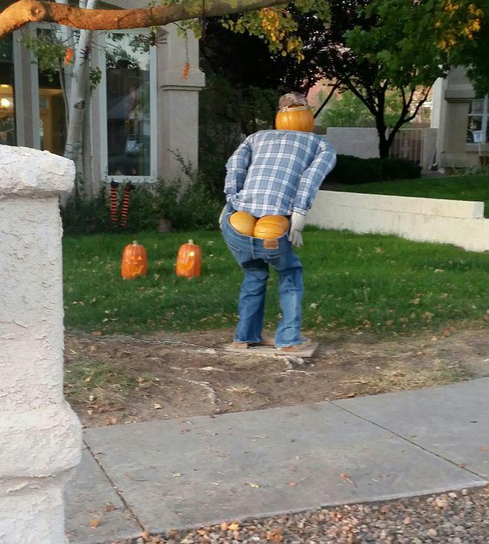 My Neighbor's Halloween Decoration