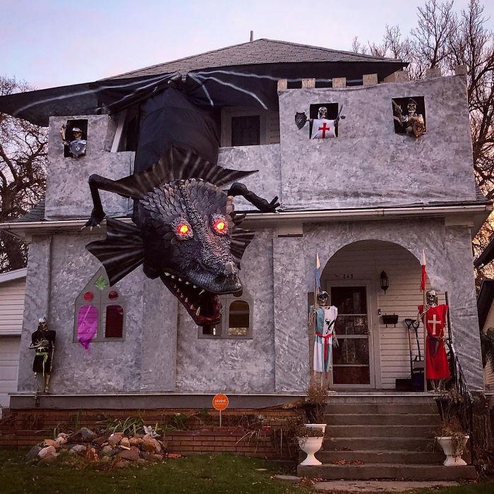 House Set Up In My Neighborhood