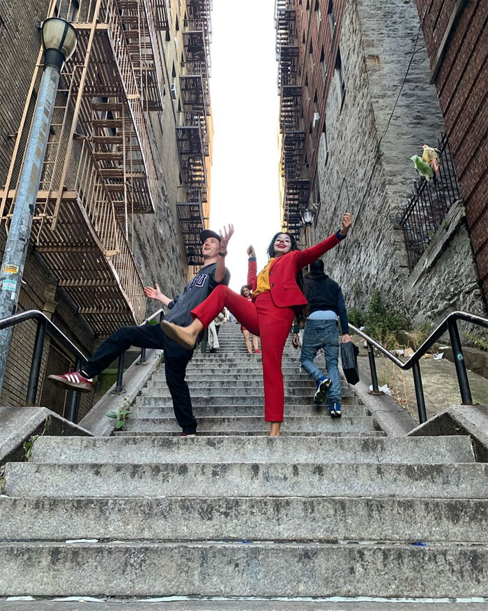 joker stairs tourist attraction new york 5 5daff19846dc9  700 - Escadas do 'Coringa' em Nova York se tornam uma atração turística!