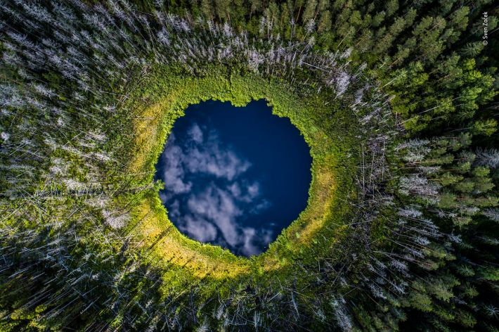 """Sky Hole"" By Sven Začek, Estonia, Earth's Environments, Highly Commended 2019"