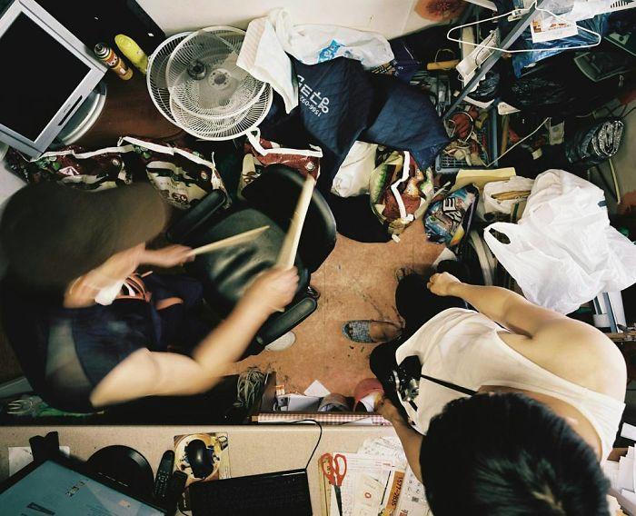Poor-South-Korea-Living-Conditions-Goshiwon-Photography-Sim-Kyu-Dong