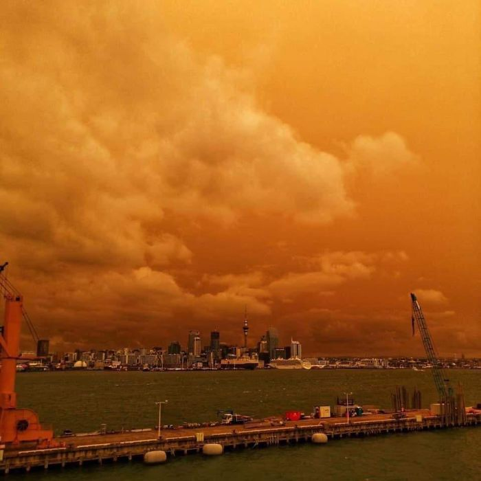 The Fires From Australia Are So Massive That We Our Skies In New Zealand Have Turned Yellow (1,600 Miles Away)