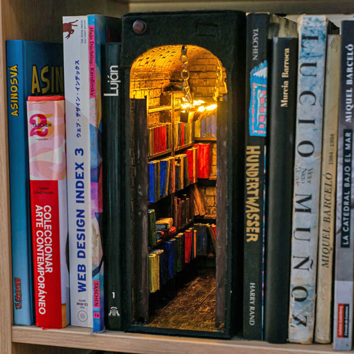 Design, Print And Paint A Small Shelf To Decorate Shelves