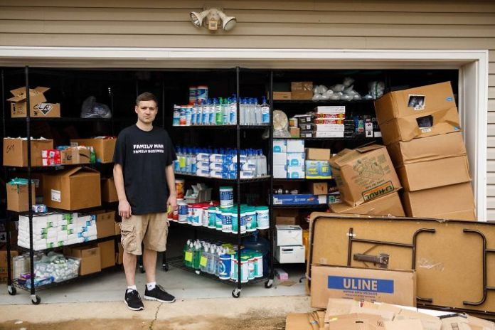 This Man Drove 1,000+ Miles And Bought 17,000 Bottles Of Hand Sanitizer And Wipes, But Now He Can't Find Buyers. Boo-Hoo