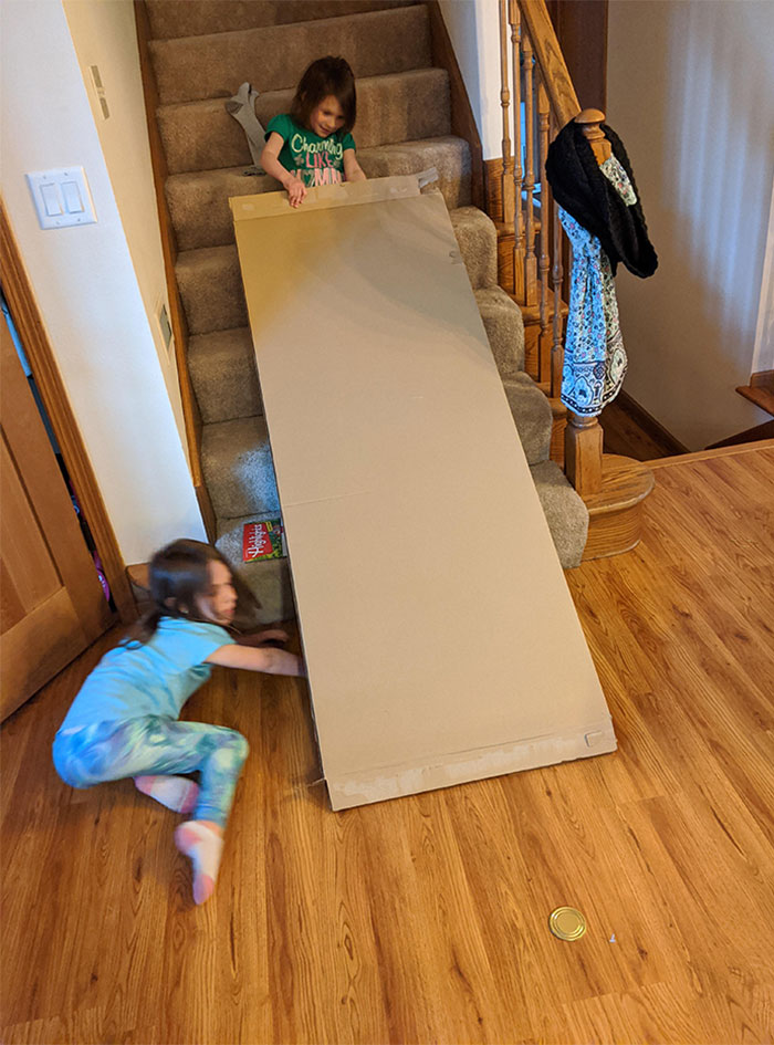 I'm Regretting Panic Buying $100 Worth Of LEGO's To End Up With My Children Ignoring Them And Instead Playing With A Cardboard Box And A Can Lid For The Last 2 Hours
