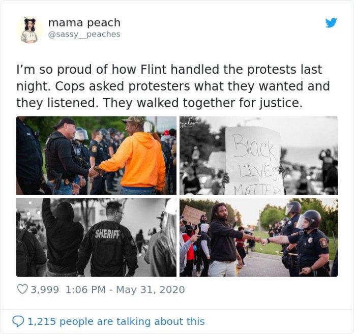 Менты спросили протестующих, что они хотели, и они слушали