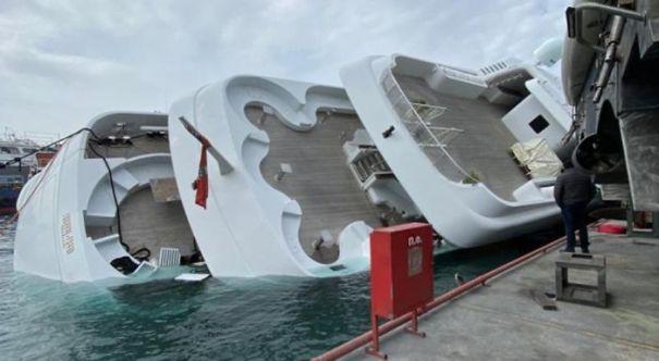 70m Yacht Capsized In Greece