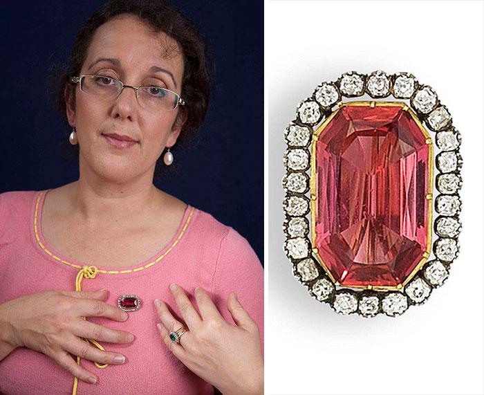 Topaz ring with diamondsworth 4K