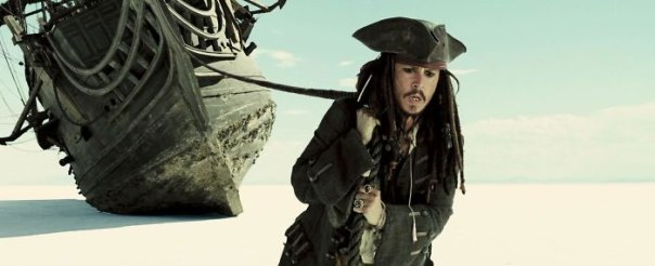 In Pirates Of The Caribbean: At World's End (2007), Captain Jack Sparrow Attempts To Pull The Black Pearl All By Himself. This Is Symbolic Of Johnny Depp Carrying The Whole Weight Of The Franchise On His Shoulders, And Was Worn Out By The Time Dead Men Tell No Tales (2017) Went Into Production