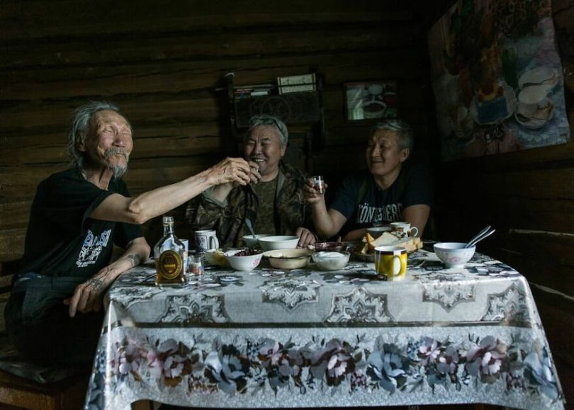 Photographer Alexey Vasiliev shows the daily life of Russias coldest region 60375566d4fd8  880 - Qual a menor temperatura já registrada na Terra?