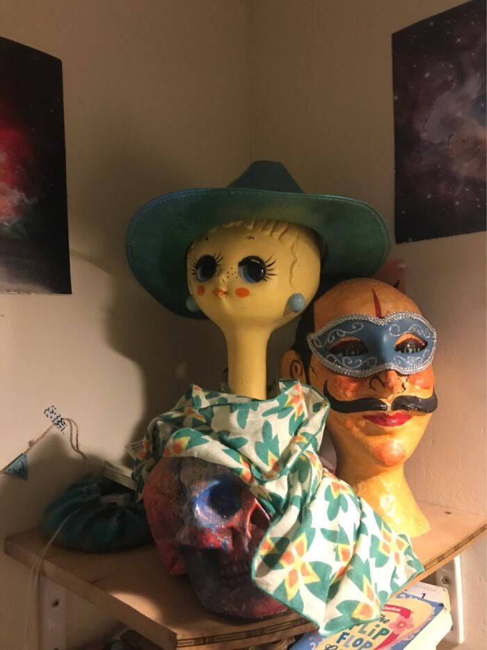 These Heads! Their Names Are Shelagh And Diego, And The Skull Is Named Carlisle