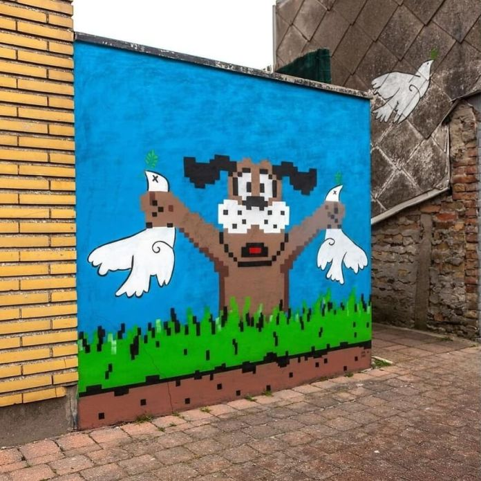 Спасибо @hookedblog за картинку :) За готовую картинку!  в Остенде Для @thcrstlshp #ostend #oakoak #urban #urbanart #streetart #duckhunt #nintendo #peace #picasso #dove #dovehunt