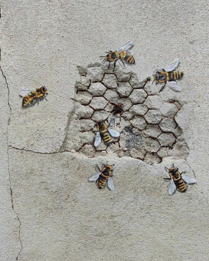 Городские пчелы les Abeilles Urbaines #oakoak #streetart #urbanintervention #art #urban #arturbain #wallart #bee #abeille #miel #honey #ruche #wall #mur #saintetienne #art #urbain