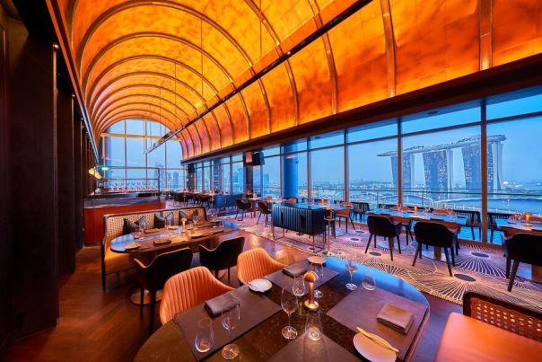 Vue@oue Bayfront Bar & Restaurant