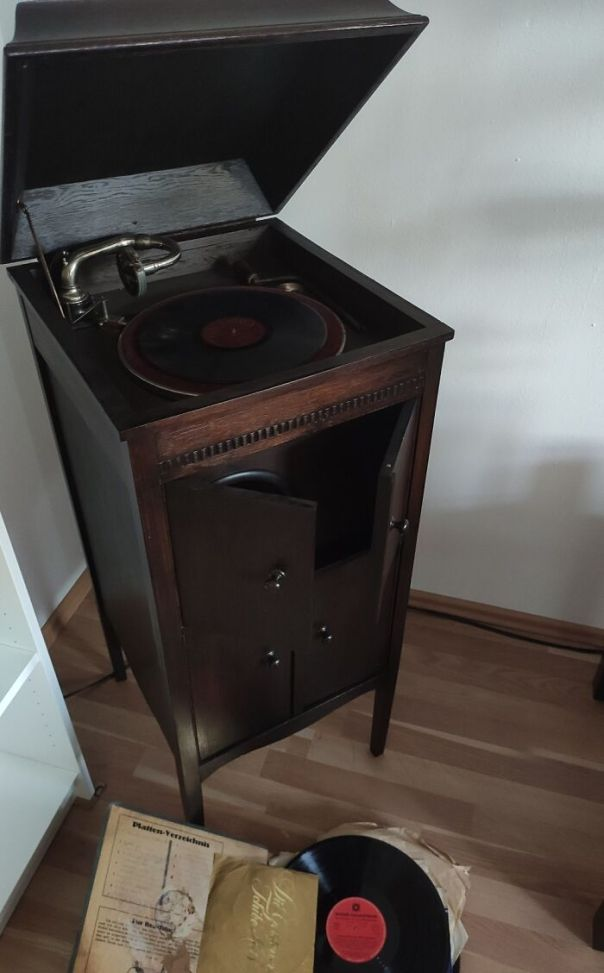 This Gramophone I Got From My Grandma. I Don't Know How Old It Is. It's Still Working Though..