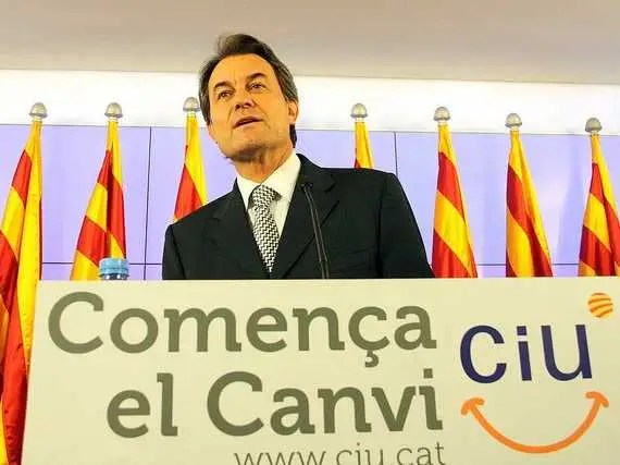 The Spanish region of Catalonia secedes from Spain