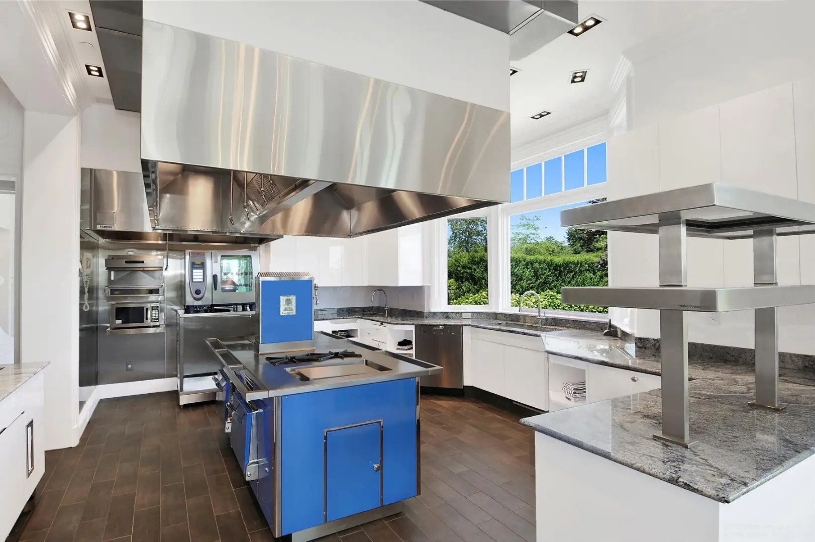 This upstairs kitchen was designed by world-renowned designer Mark Stech-Novak.
