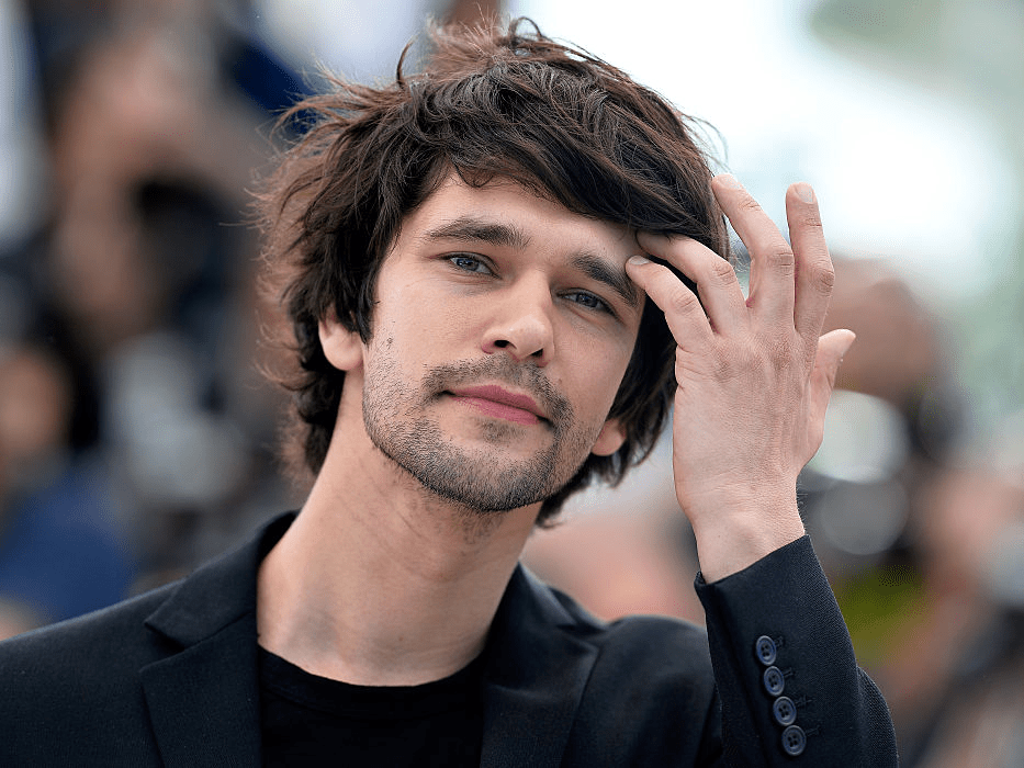 This Is The Only Product Men With Longer Hair Should Use