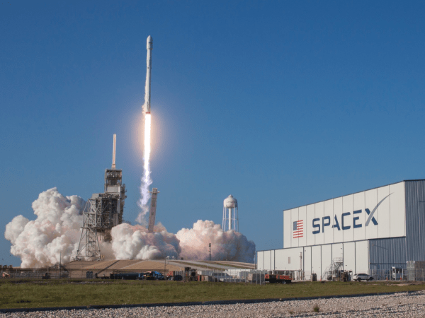 Elon Musk has job openings for 473 people at SpaceX ...