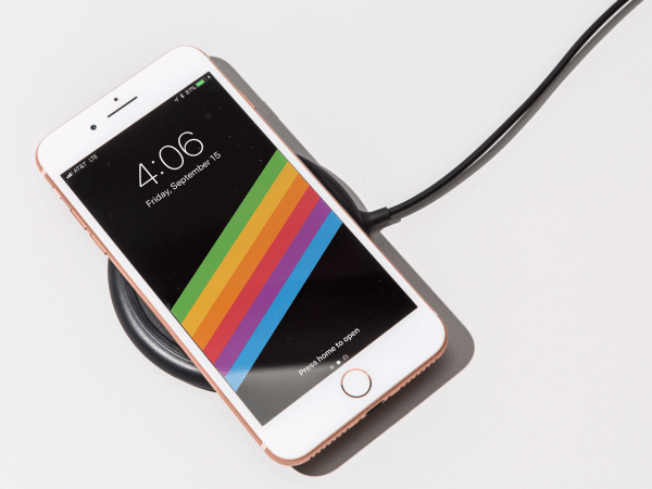 Wireless charging on the iPhone 8 is just as slow as the ...