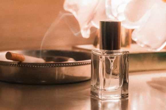 「香水」的圖片搜尋結果