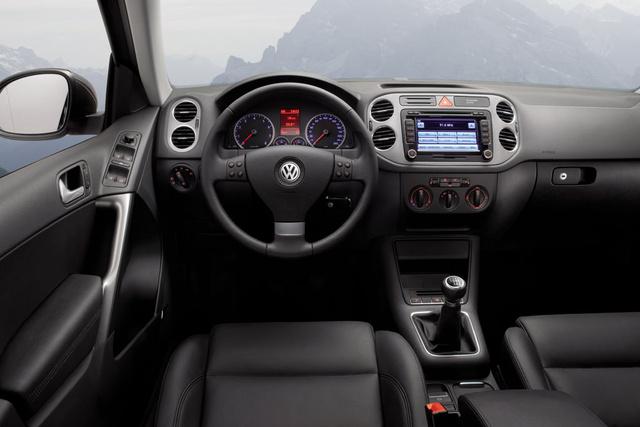 2009 Volkswagen Tiguan Interior Pictures Cargurus