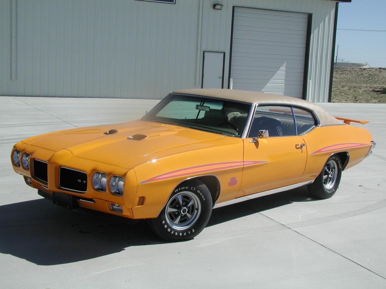 05 Pontiac Grand Prix Interior