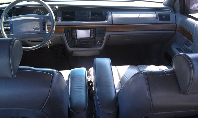 1993 Ford Crown Victoria Pictures Cargurus