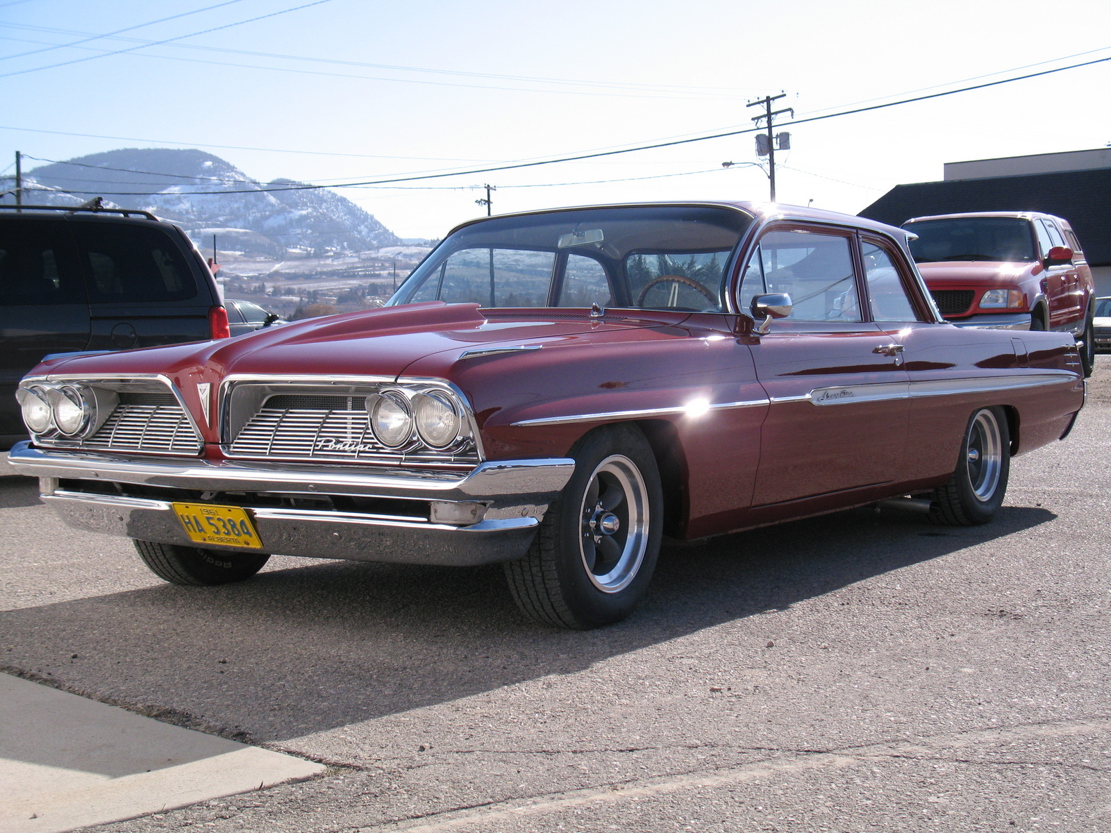 Pontiac Laurentian Questions   in need of info for my 1961 pontiac     I ordered a lot of parts for 1961 Biscayne I would try to find a donor car  your parts  there are still quite a few 4 doors out there in good shape