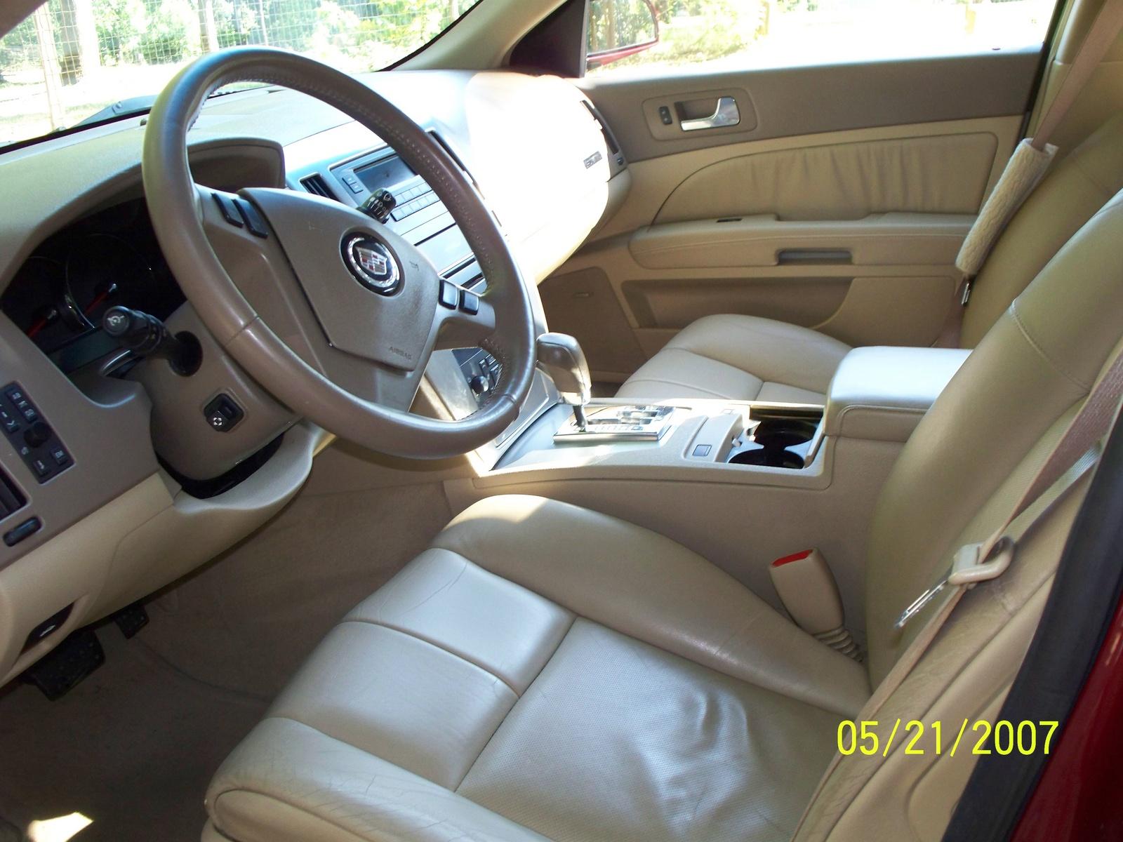Black Cadillac Sts 2005 Inside