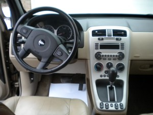 2005 Chevy Equinox Interior