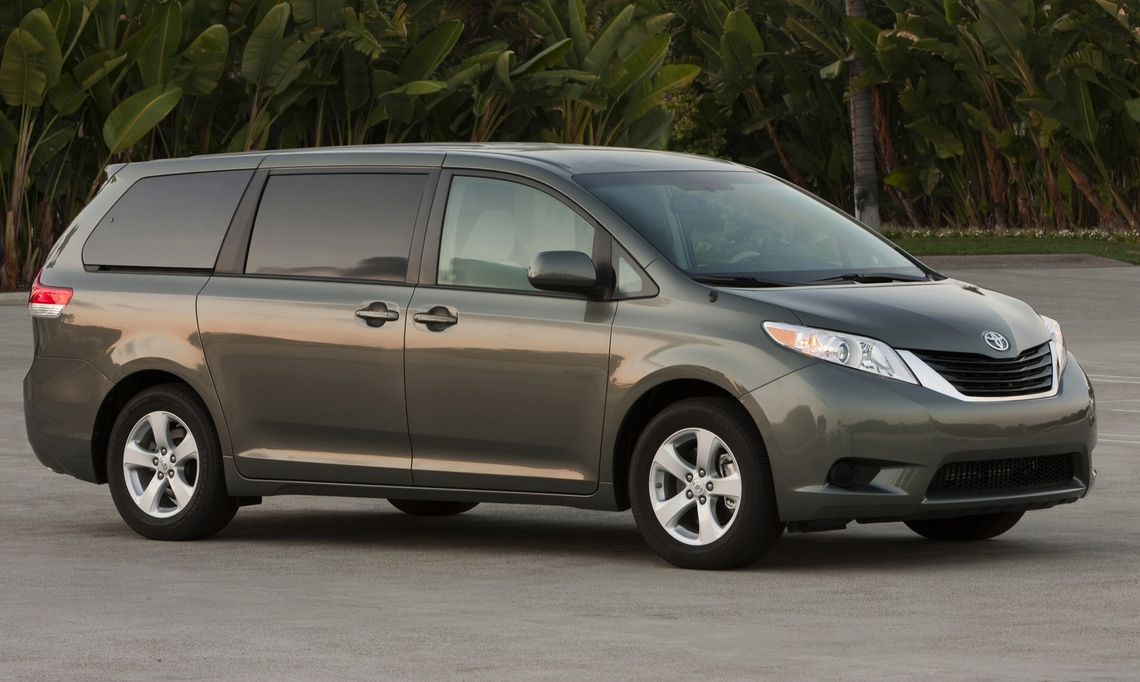 2014 Toyota Sienna Test Drive Review Cargurus