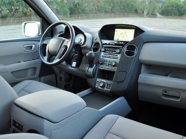 Honda Pilot Reviews And Rating Motor Trend Honda Pilot Cargo Space Vs  Competitors Best Full Size SUVs Dodge Durango Honda Pilot Instrument Panel  Interior ...
