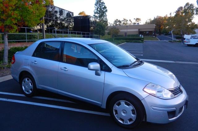 2009 Nissan Versa Hatchback Cargo