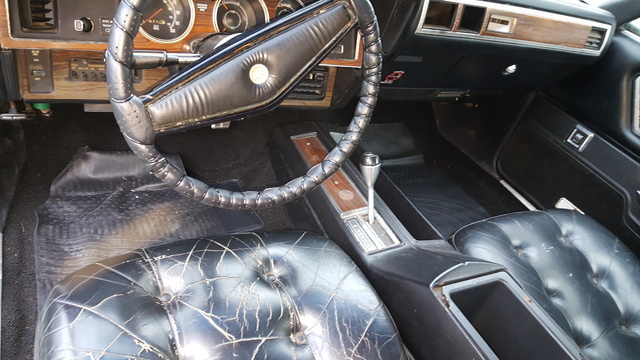1977 Chrysler Cordoba   Pictures   CarGurus Picture of 1977 Chrysler Cordoba  interior  gallery worthy