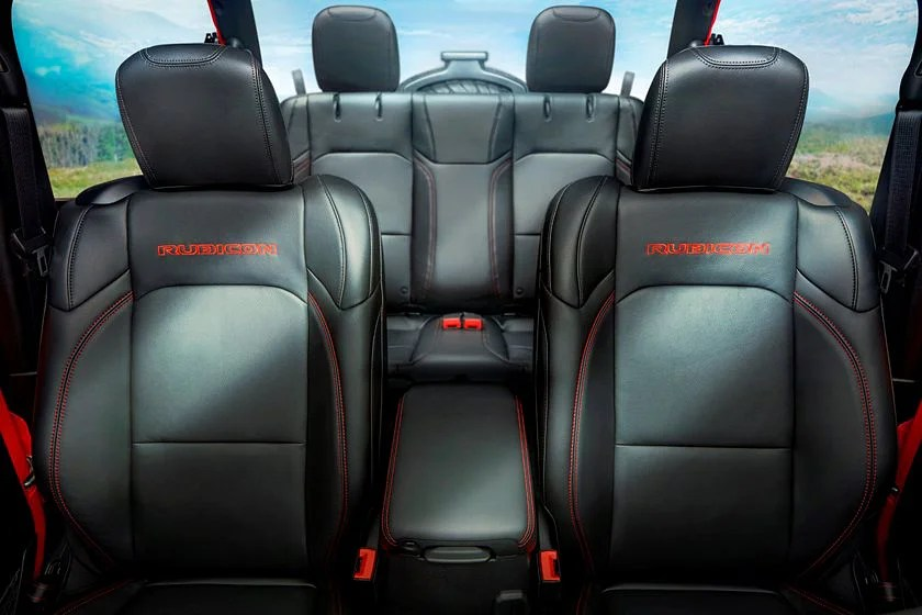 Here's everything you need to know about the interior of the 2020 jeep wrangler unlimited. 2021 Jeep Wrangler Interior Review Seating Infotainment Dashboard And Features Carindigo Com