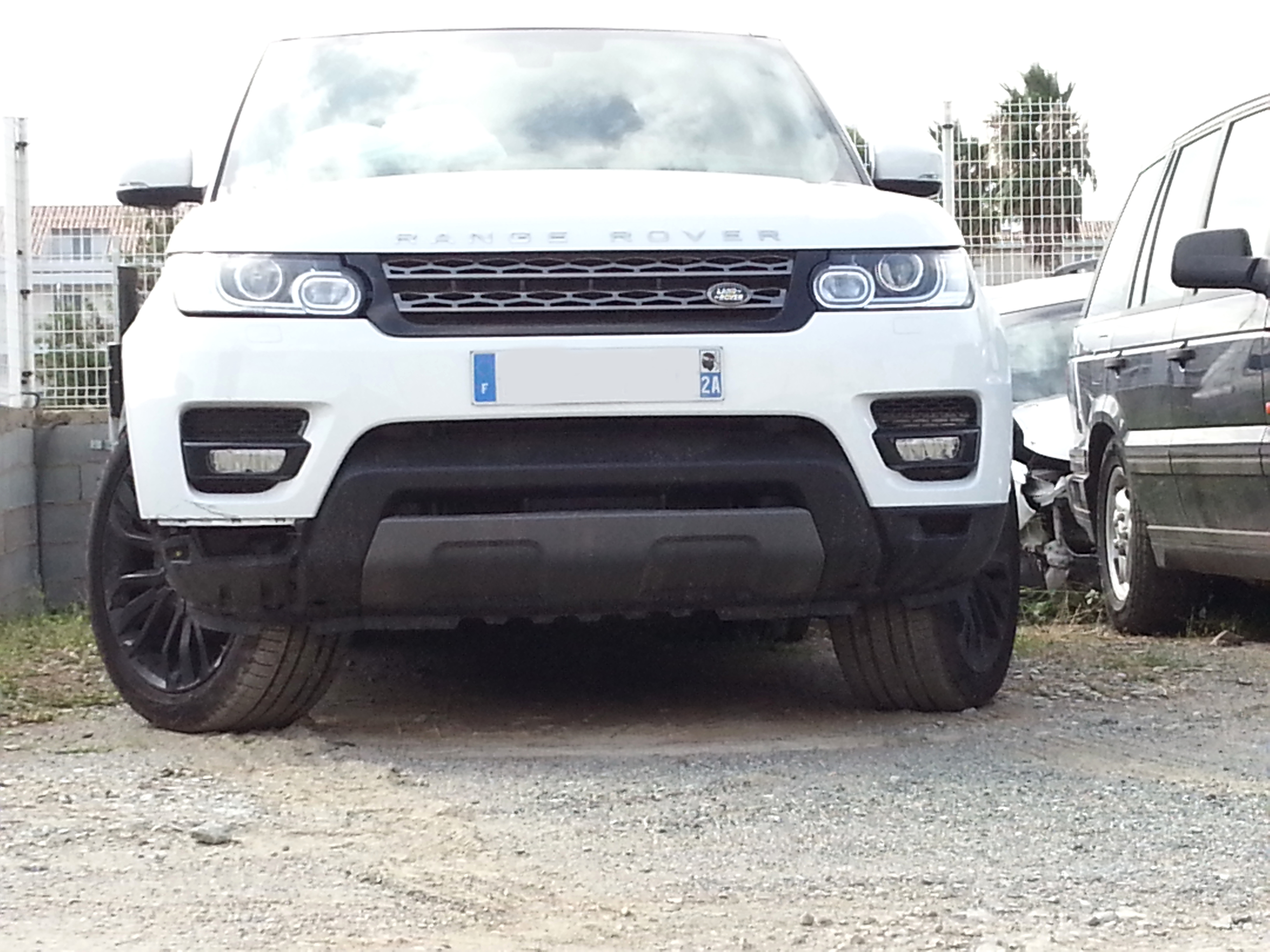 This Is How Hilariously Unreliable Used Range Rovers Are