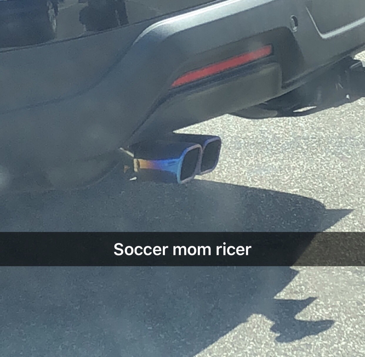 ford explorer with rainbow exhaust tip
