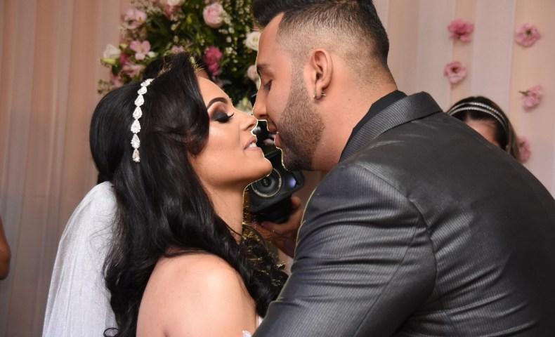A hora do beijo - Casamento Adriana e Everton