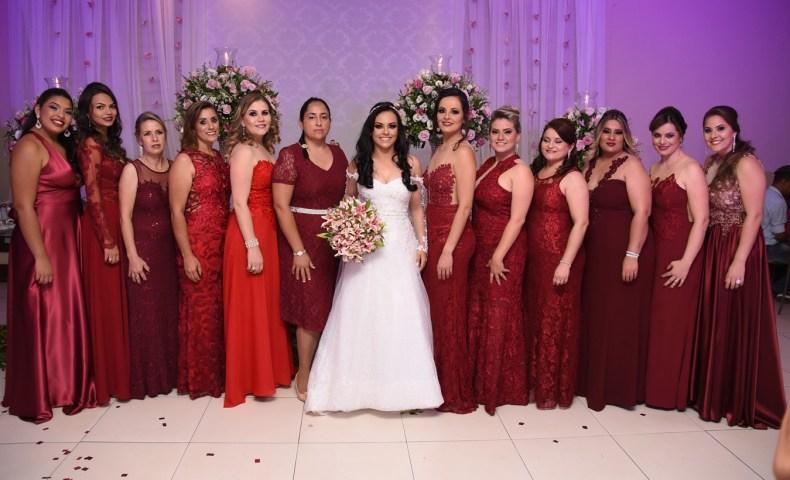 Adriana e suas madrinhas de casamento