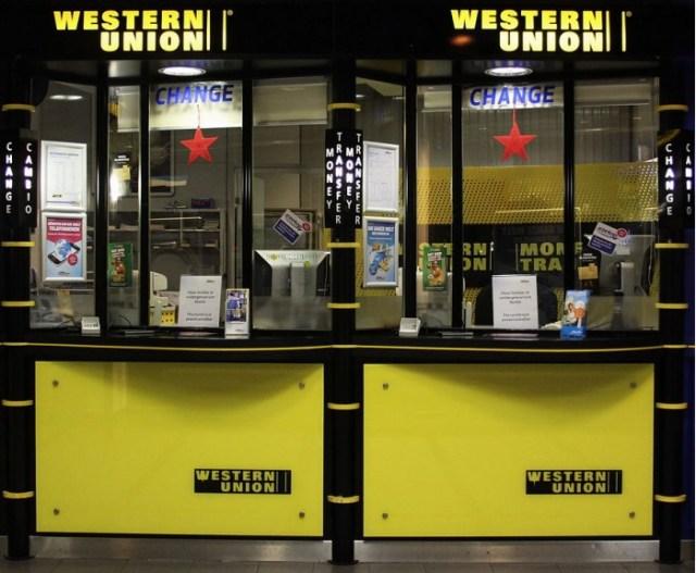 931px-Western_Union_Schalter_am_Hauptbahnhof_Muenchen.JPG