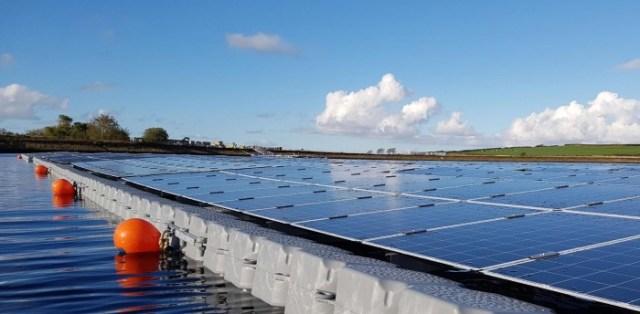 Floating-Solar-Panels.jpg