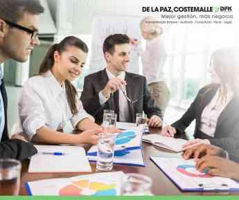 Consejo administrativo empresarial: Cómo brinda valor a las empresas por De la Paz, Costemalle-DFK