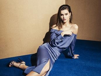 Bianca Neri hace un guiño a una invitada sofisticada en su última colección