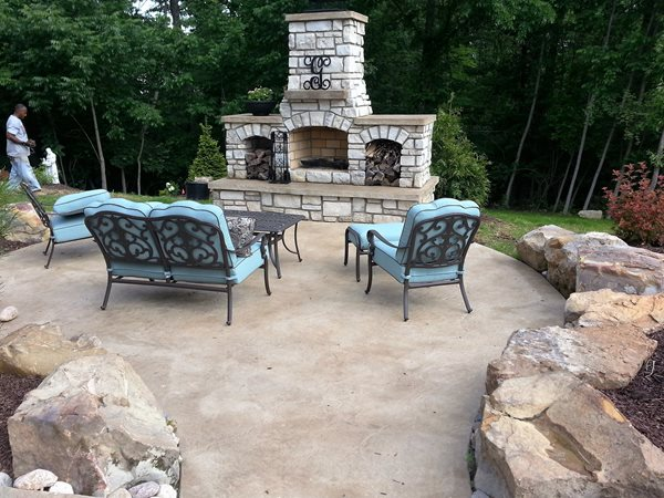 https www concretenetwork com photo gallery outdoor fireplaces 22